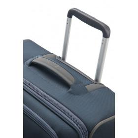 Samsonite Spark SNG 67cm Spinner Luggage